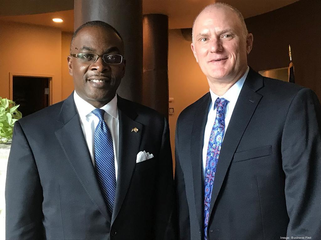 Buffalo Mayor Byron Brown and Retech CEO Earl Good. (IMAGE: Buffalo Business First)